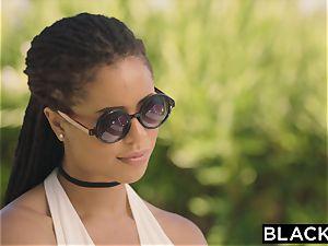 BLACKED Divorcee craves Mandingos bbc