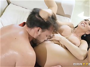 Ariella Ferrera taking it hard in her pussyhole