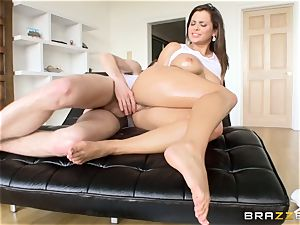 brown-haired stunner Keisha Grey lubed up and analled