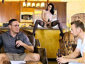 Aria Alexander porks her spouses friend