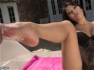 cool japanese Asa Akira loves getting her splendid soles worshipped by her boyfriend