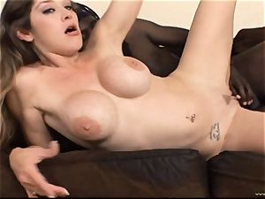 Randy stunner Felony juggles her cooch on this ginormous shaft