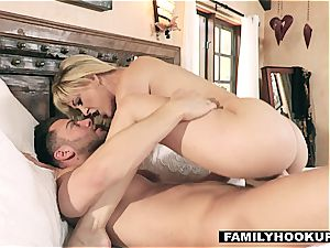 FamilyHookups - steaming light-haired Stepmom pokes Her Stepson