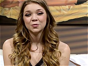 teen Jessie Andrews is a boho female in need of a tho ravage