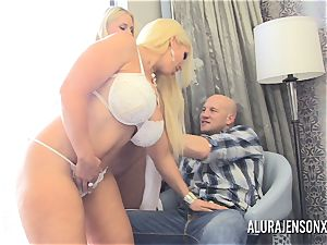 pornstar Alura Jenson has a threeway with Karen Fisher