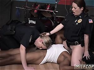 inexperienced milf bondage wet movie captures officer plowing a deadbeat father.