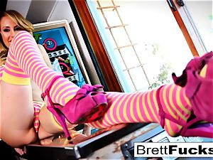 Pinball gaming leads to slit sticking by Brett Rossi