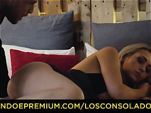 LOS CONSOLADORES - magnificent blondes raunchy foursome