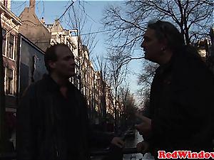 Tourist pulverizing a Dutch escort