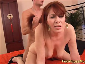 ginger-haired stepmom need a heavy meatpipe