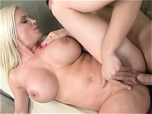 huge titted hardcore milf Diamond Foxx gets a sizzling fountain of spunk on her facehole