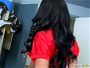 Locker apartment fourway with destiny Dixon and friends