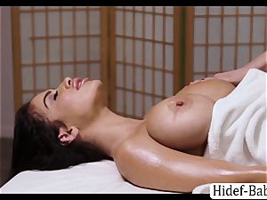 sizzling masseuse Darcie Dolce rubdown Victoria lush so romantic and eats her vulva