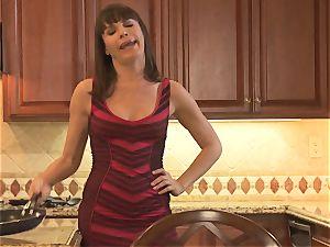 Dana DeArmond seduced by yoga schoolteacher Sabrina Starr