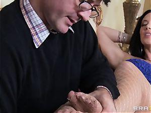 crazy hottie Jayden Jaymes likes her hubby but wants Johnny's shaft