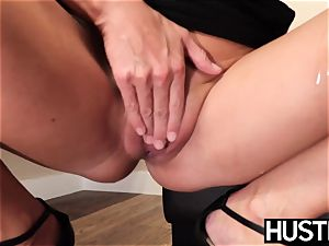 fantastic India Summers splashes after chomping down bbc