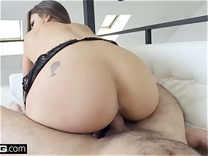 screw gonzo - Marta La Croft tit plumbs a phat man rod