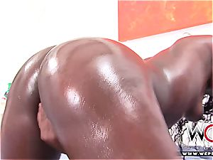 threesome with the ebony mexican clitoris