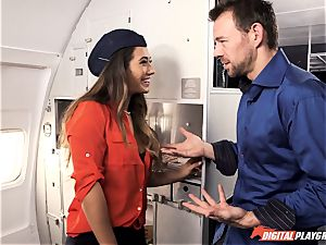 Can be hoping some turbulence with Eva Lovia on this flight