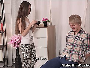 diminutive nubile turn her boyfriend into a hotwife