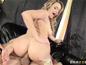 Mia Malkova gets her dancing booty plowed to the nut