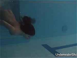 glamour underwater show of Natalia