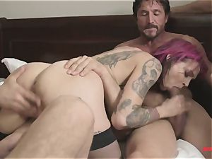 first time Anna Bell Peaks in gang pornography takes 2 sausages in one fuck-hole