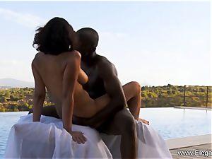 dark-hued mummy enjoys Exotic Outdoor intercourse