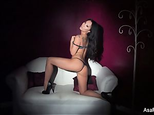 wild Asa Akira DPs herself with a couple of playthings