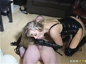 hook-up sub nails his mature mistress phat arse
