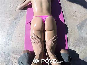 POVD Backyard badminton assfuck poke with Anissa Kate
