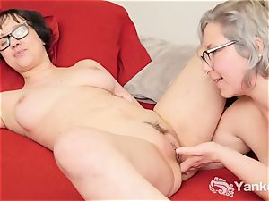 lesbos Clementine And Vi fingerblasting Her twats