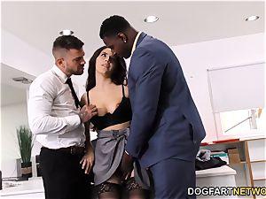 dark-hued Immigration Officer Wants Valentina Nappi's ass
