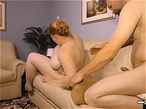 HausfrauFicken - German housewife gets her cunny porked