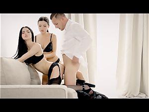 THE white BOXXX - FFM threesome with Russian Sasha Rose