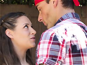 Cassidy Klein gives her man a goodbye poking