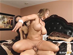 Eva Notty flashes her stepdaughter Janice Griffith how to satiate a schlong